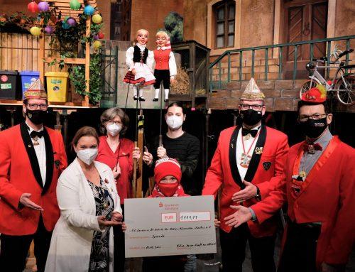 1.111 Euro für den Förderverein der Freunde des Kölner Hänneschen-Theaters e.V.